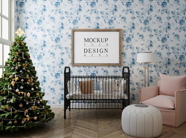 Kinderkamer met mockup posterframe en kerstboom