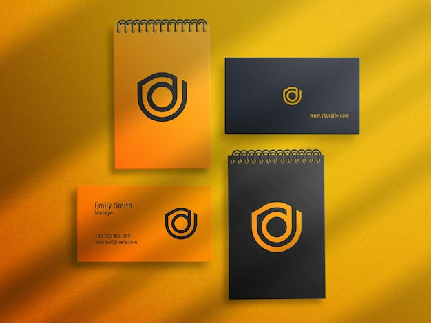 Kladblok en visitekaartje logo mockup