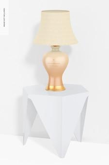 Klassieke keramische tafellamp op een tafelmodel