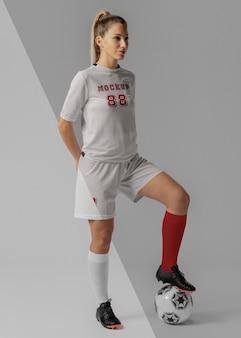 Kledingmodel voor vrouwelijke voetballer female