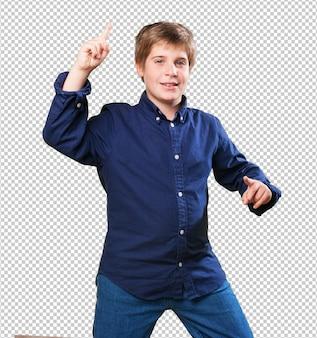 Kleine jongen dansen