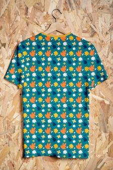 Kleurrijk shirtconceptmodel