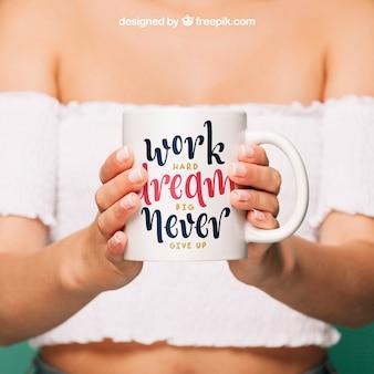 Koffie mok mockup voor citaat ontwerp