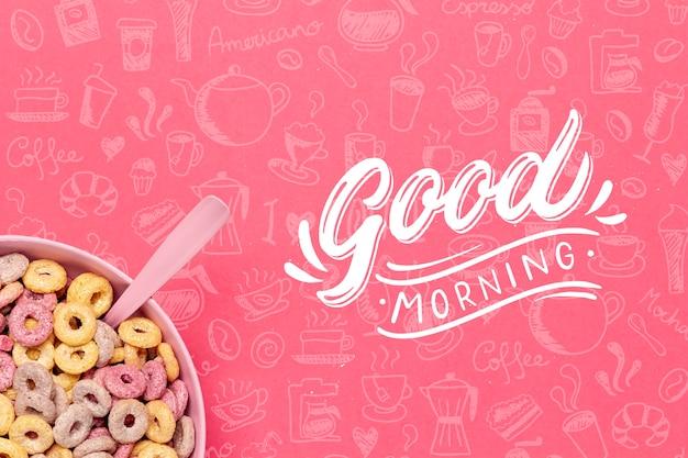 Kom met ontbijtgranen op tafel voor het ontbijt