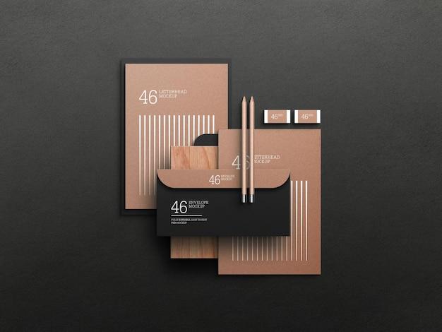 Kraftpapier briefhoofd met envelopmodel