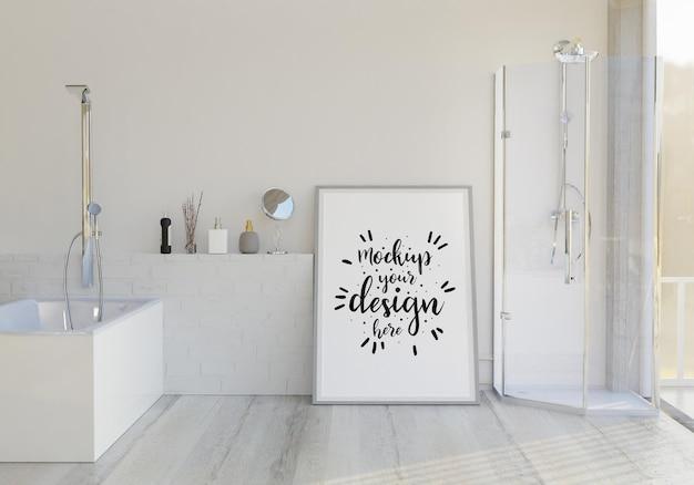 Kunst aan de muur canvas of fotolijst mockup op badkamer interieur
