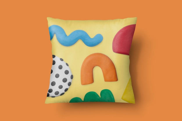 Kussenhoes mockup psd met abstract patroon van plasticine klei