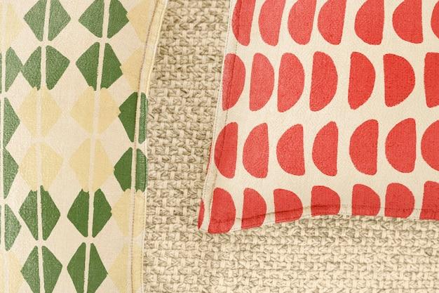 Kussenhoes mockup psd, vintage blokdrukpatroonontwerp