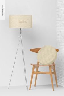 Lámpara de pie trípode con maqueta de silla