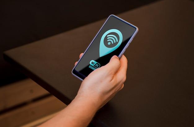 Langzichtige smartphone met 5g-connectiviteit