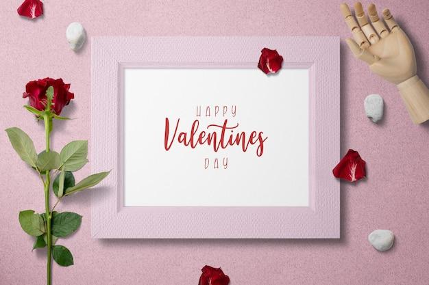 Leeg fotolijstje valentijnsdag mockup