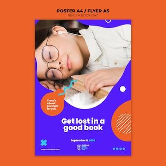 Lees een boekdag flyer ontwerp