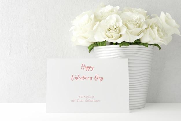 Liefde en valentijnsdag met fotolijstmodel