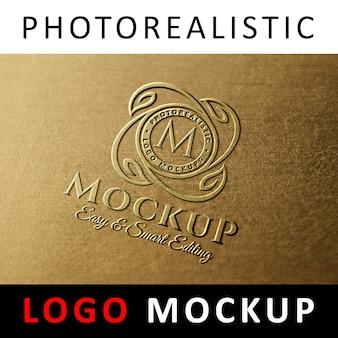Logo mock up - gegoten koperen logo