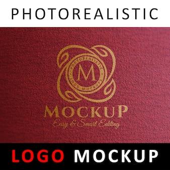 Logo mock up - logo dipinto sul muro rosso