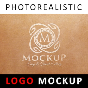 Logo mock up - logo viejo blanco impreso en papel kraft