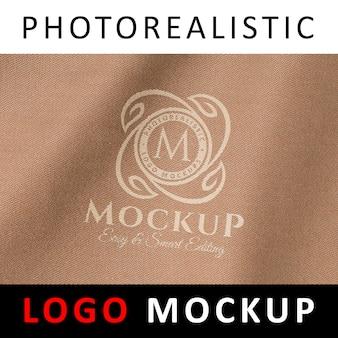 Logo mock up - zeefdruk drukwerk zeefdruk logo op textiel