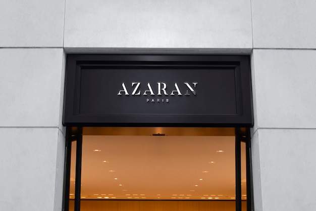 Logo mockup luxe zwart gevelbord
