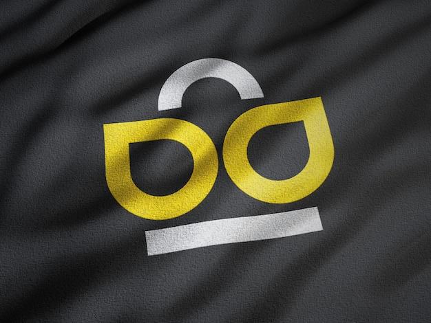 Logo-mockup op zwarte gerimpelde stof