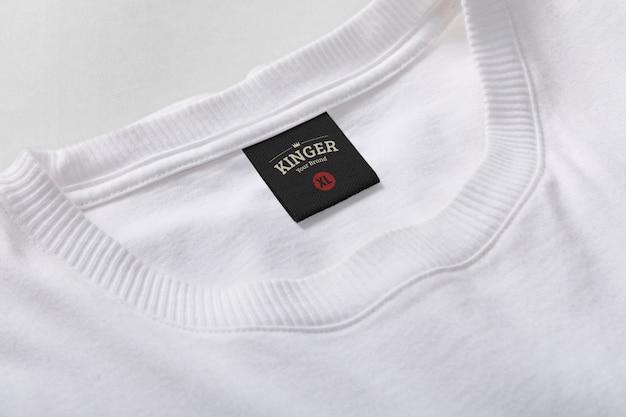 Logo mockup t-shirt neklabel