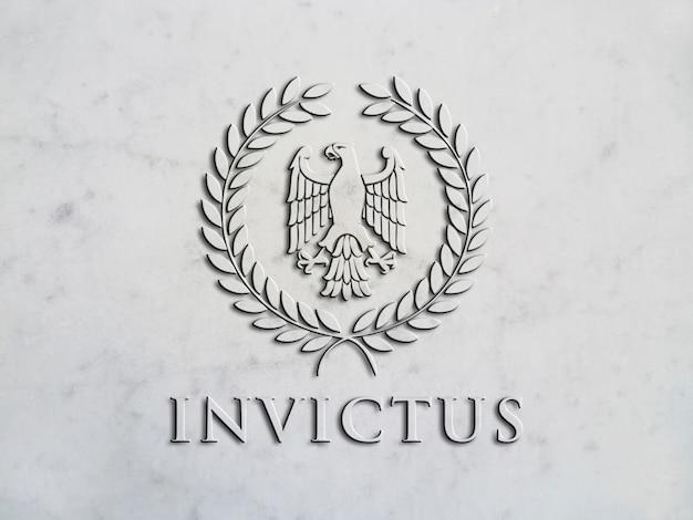Logotipo de maqueta en alto relieve sobre mármol.