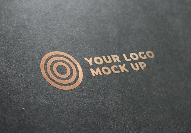 Logotipo de maqueta de textura dorada