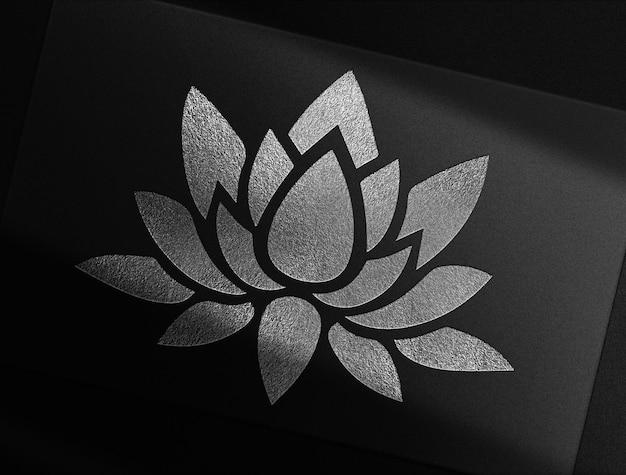 Luxe bloem zilver reliëfpapier mockup