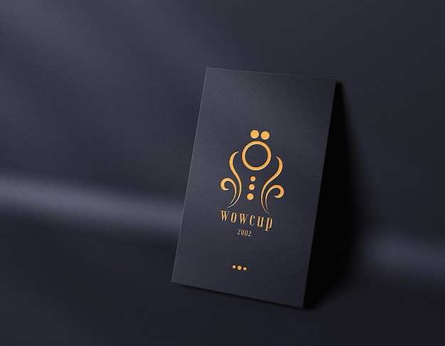 Luxe boekdruk logo mockup op visitekaartje