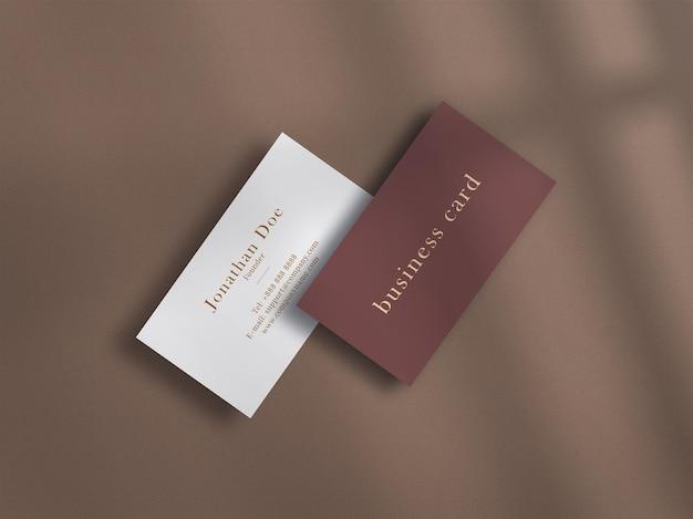 Luxe donkere mockup voor visitekaartjes met reliëfeffect