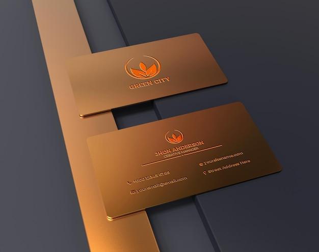 Luxe en minimalistisch gouden metalen logo op mockup voor visitekaartjes
