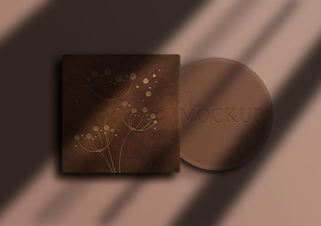 Luxe gouden make-up box mockup
