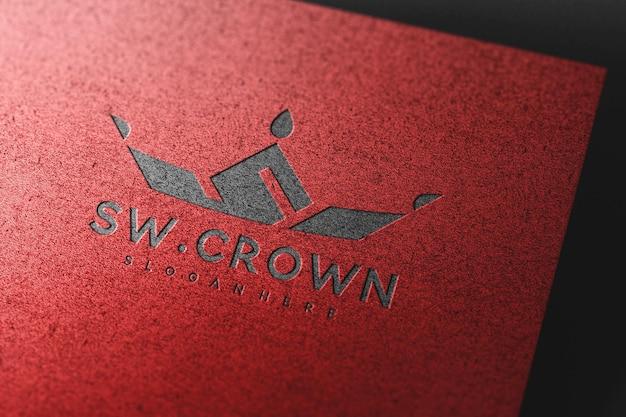 Luxe ingeslagen logo-mockup op papiertextuur