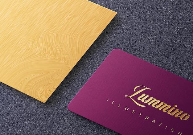 Luxe logo mockup ontwerp op visitekaartje isometrische weergave