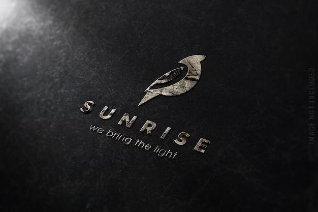 Luxe logo mockup op marmeren textuur