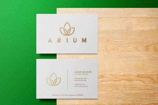 Luxe logo mockup op wit visitekaartje