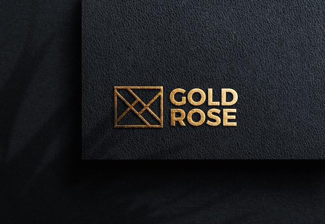 Luxe logo mockup op zwart ambachtelijk papier