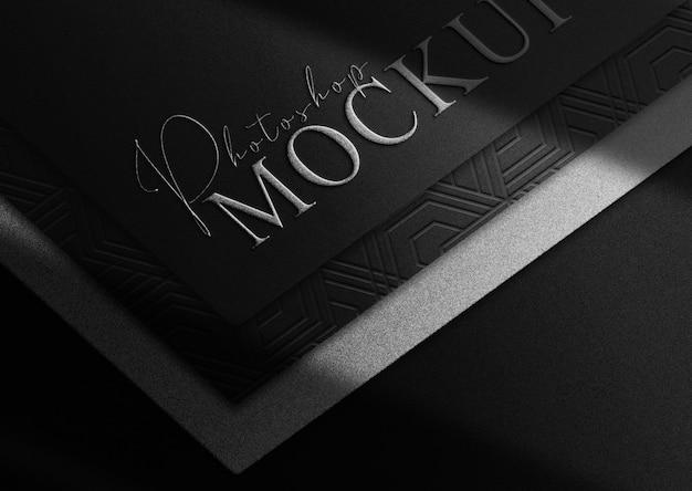 Luxe zilveren reliëfpapier vooraanzicht mockup