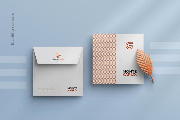 Maak een minimalistisch bedrijfsenvelopmodel schoon in een aangepaste scène-maker van vierkant formaat