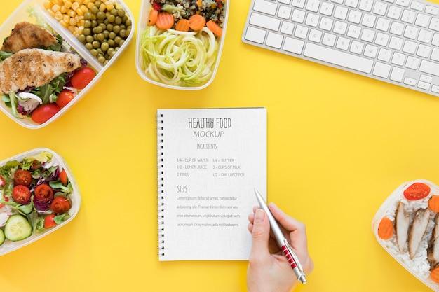Maaltijd voorbereiding notebook mock-up