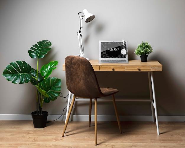 Macbook-model op het bureau