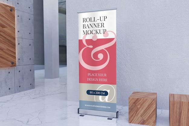 Maqueta de banner vertical enrollable