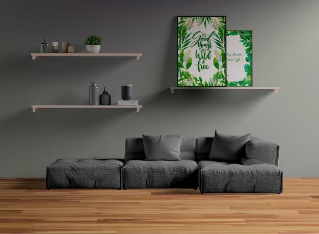 Maqueta de bastidor en estante en sala de estar