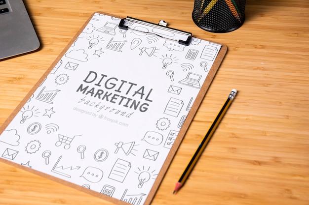 Maqueta de bloc de notas de marketing digital