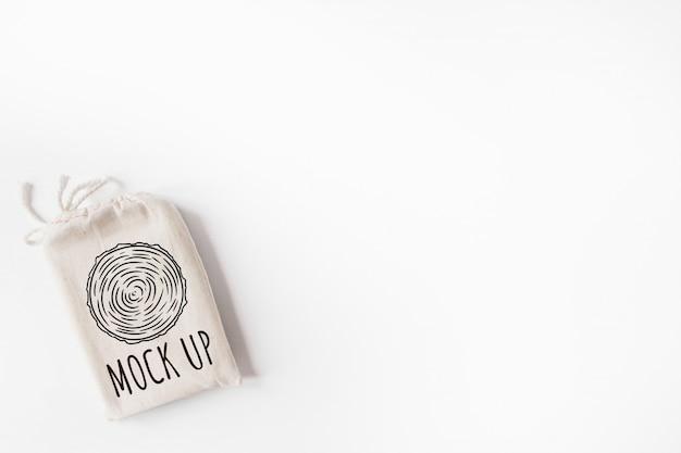 Maqueta de bolsa de algodón con tarot. boho design of tarot cards pouch