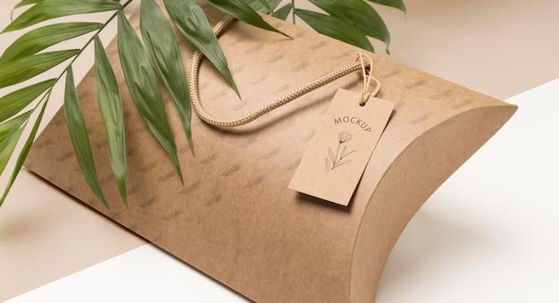Maqueta de bolsa de embalaje ecológica