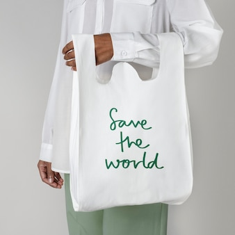 Maqueta de bolsa de supermercado reutilizable save the world