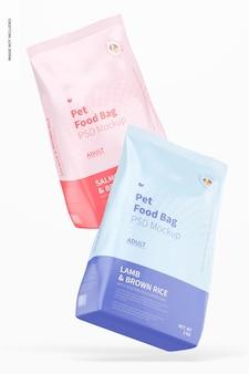 Maqueta de bolsas de comida para mascotas, cayendo
