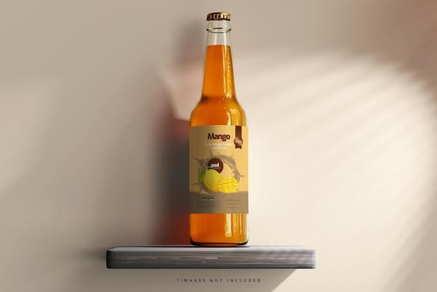 Maqueta de botella de vidrio para bebidas