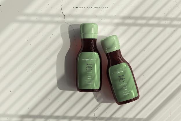 Maqueta de botellas de salsa de tomate o salsa de tomate