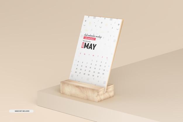 Maqueta de calendario de escritorio con soporte de madera